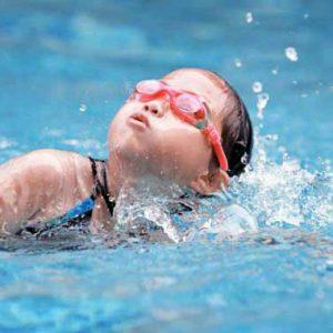 شنا مقدماتی کودکان